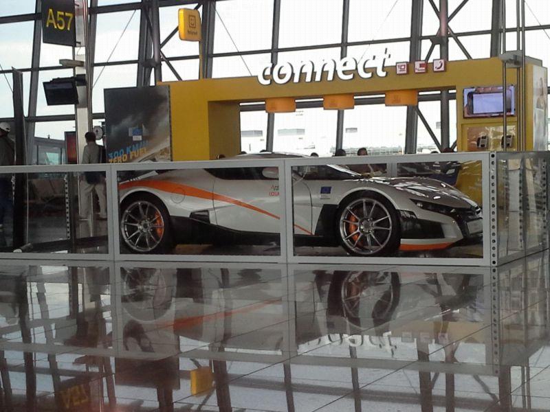 foto: Supersport v hale bruselského letiště