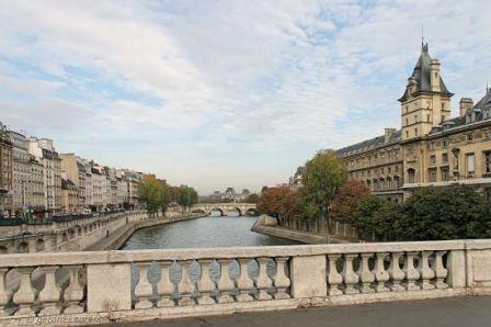 paris_automne_quai_des_orfevres.jpg
