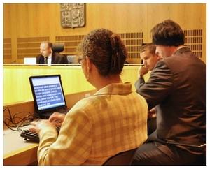 Simultánní přepis soudního jednání