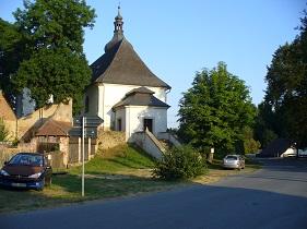 Kostel ve Starém Sedle, schody.jpg