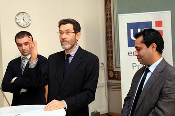 Ambassador Eisen with Iranian journalists in American Center