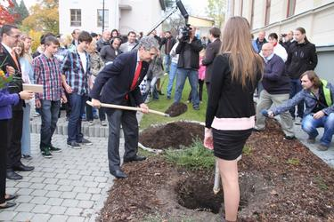 Cam Kerry planted a tree to commemorate his visit to Horni Benesov