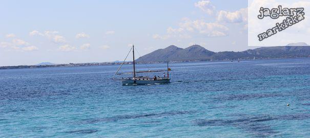 fishing-boat-jaglarzova.jpg