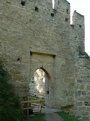 Helfenburk, dolní brána