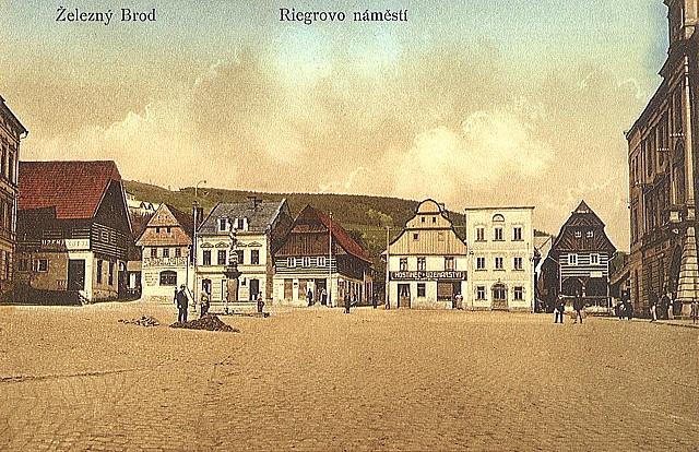 Riegrovo náměstí, stará pohlednice