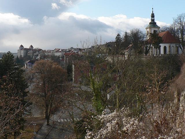 Mladá Boleslav, pohled na staré město a hrad.