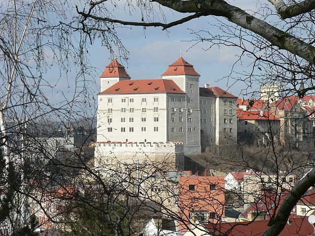 Boleslavský hrad od jihu, březen 2012.