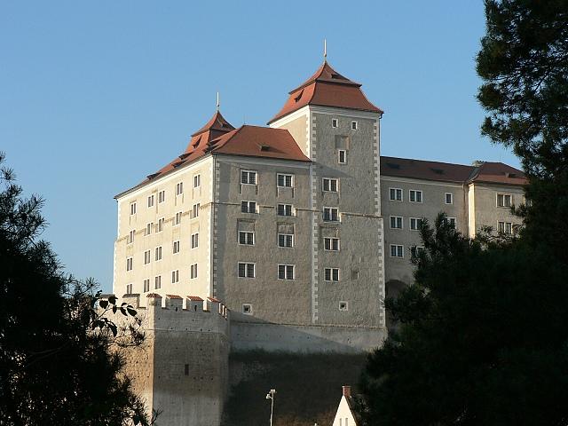 Boleslavský hrad od jihovýchodu, listopad 2011.