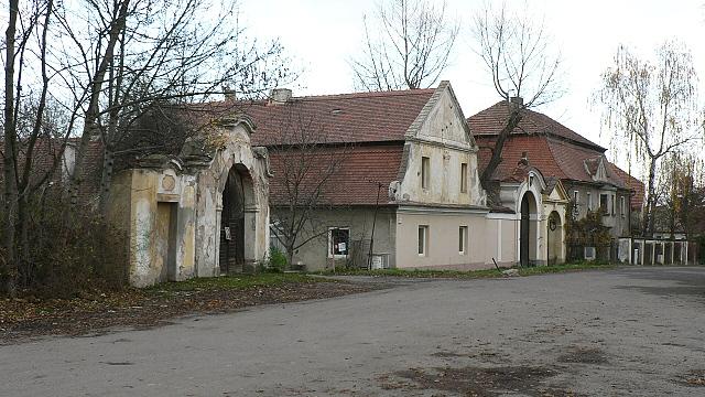 Dřevčické barokní portály