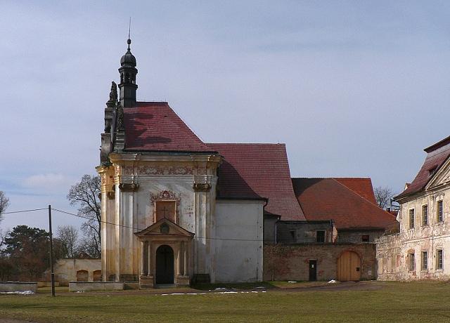 Nejvýraznějším objektem komplexu kapucínského kláštera je kaple sv. Anny.