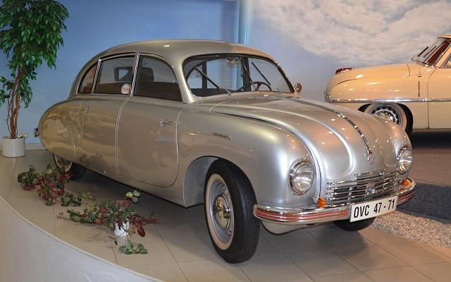 Tatra 600 Tatraplan v Technickém muzeu Tatra