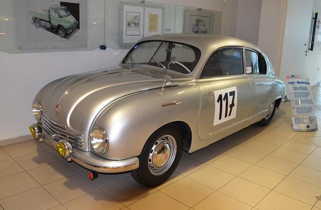 Z Tatraplanu vycházel závodní vůz Tatra 601 Monte Carlo (pojmenovaný po slavné soutěži, které se ovšem nikdy nezúčastnil).