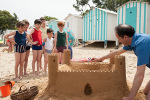 """""""A kdy už si s tím hradem budeme moci hrát?"""" (Photo © Wild Bunch Distribution)"""