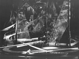Výjev z opery Příhody Lišky Bystroušky