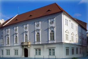 Budova Reduty zvenku
