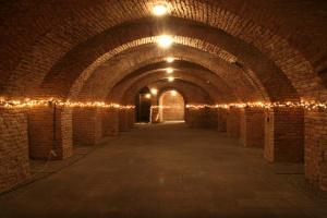 Sklep, neboli také podzemí, pod divadle
