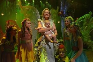 Alena Antalová v náručí s právě narozeným elfem (foto: Jef)