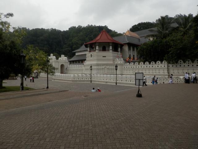 Kandy_Temple.JPG