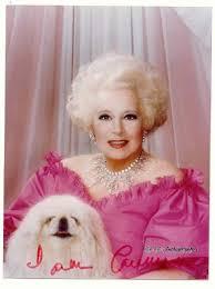 Barbara Cartlandová v růžovém