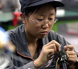 china_worker_women.jpg