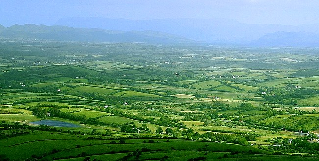 ireland-green-country.jpg