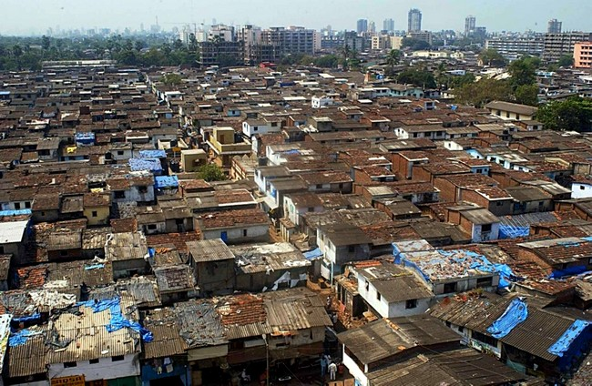 mumbai_slum.jpg