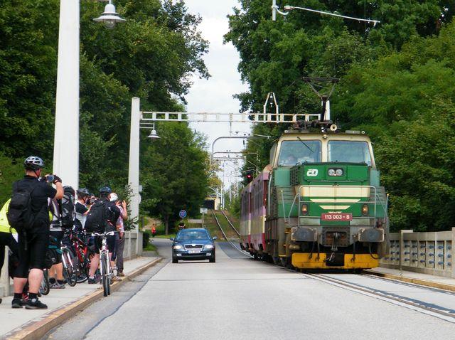 Výsledek obrázku pro cyklista Bechyně most