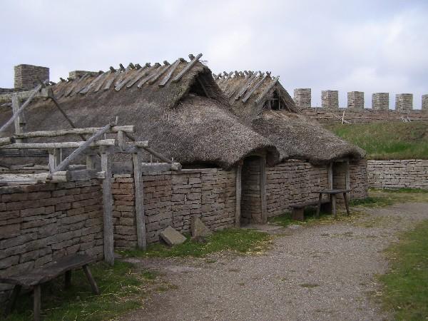 Uvnitř pevnosti Eketorp