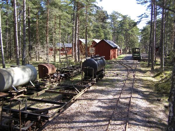 Ppzůstatky železnice v lese Trollskogen