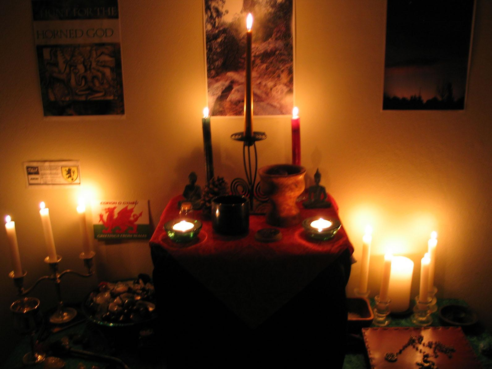 candle_altar.jpg