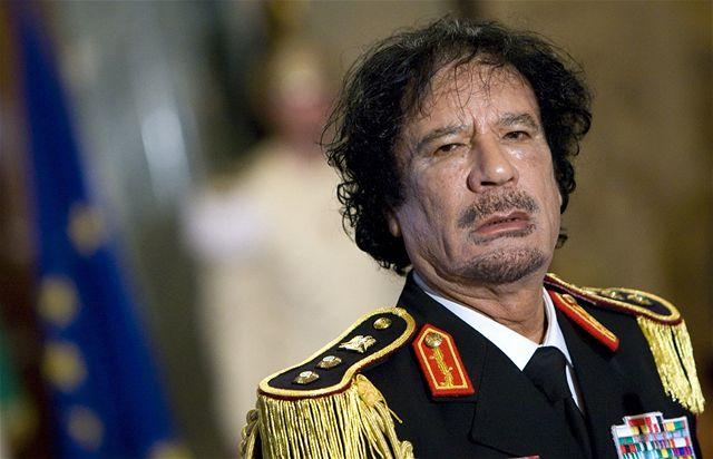 """""""Vzteklý pes"""" Kaddáfí"""