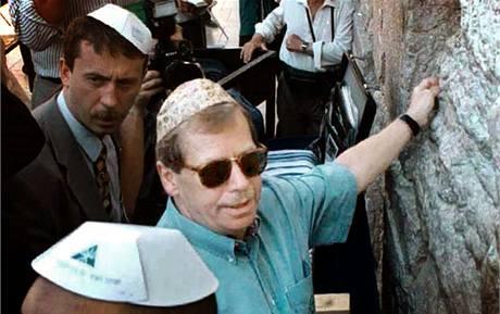 Václav Havel (zdroj: zpravy.idnes.cz)